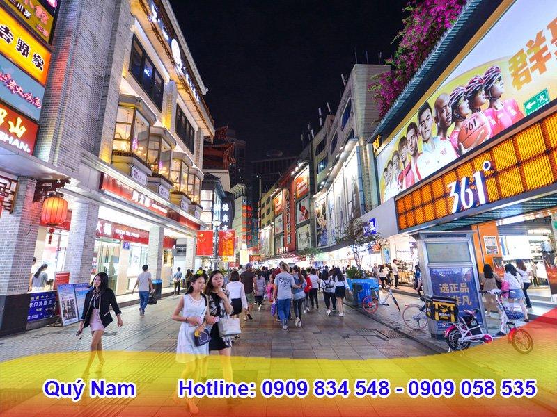Nhập hàng tại các khu chợ chuyên bỏ sỉ tại Quảng Châu