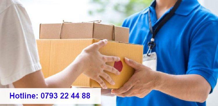 Nhu cầu gửi đồ ăn, đồ dùng sang cho bạn bè, người thân đang ở Nhật Bản ngày càng tăng cao.
