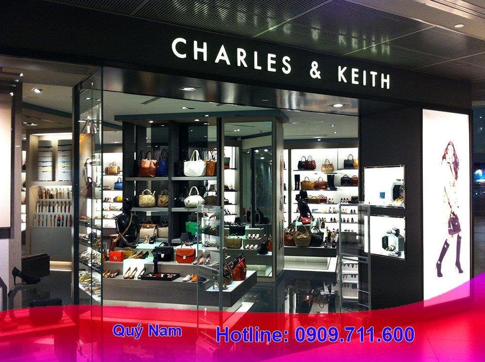 Thương hiệu nổi tiếng Charles and Keith,sở hữu nhiều mẫu thiết kế túi xách hợp thời trang