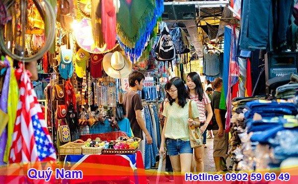 Đây là chợ nổi tiếng chuyên cung cấp quần áo sỉ