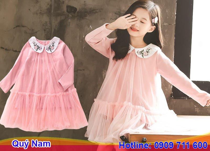 Váy trẻ em Hàn Quốc với thiết kế đơn giản, phối màu vintage
